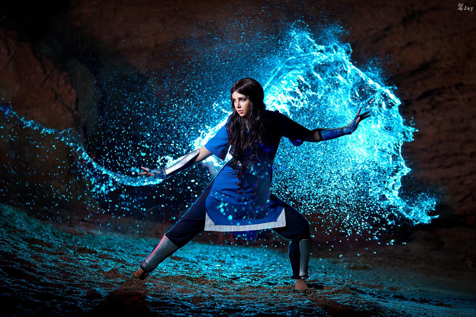 Картинки по запросу фото девушка в магии воды