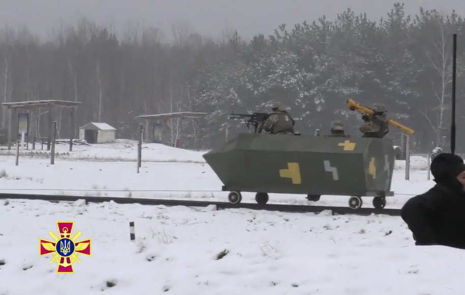 https://cs8.pikabu.ru/post_img/big/2017/12/01/11/151215529311192247.jpg