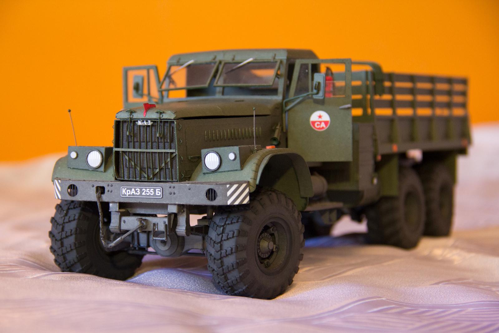 Модель КрАЗ-255Б из бумаги