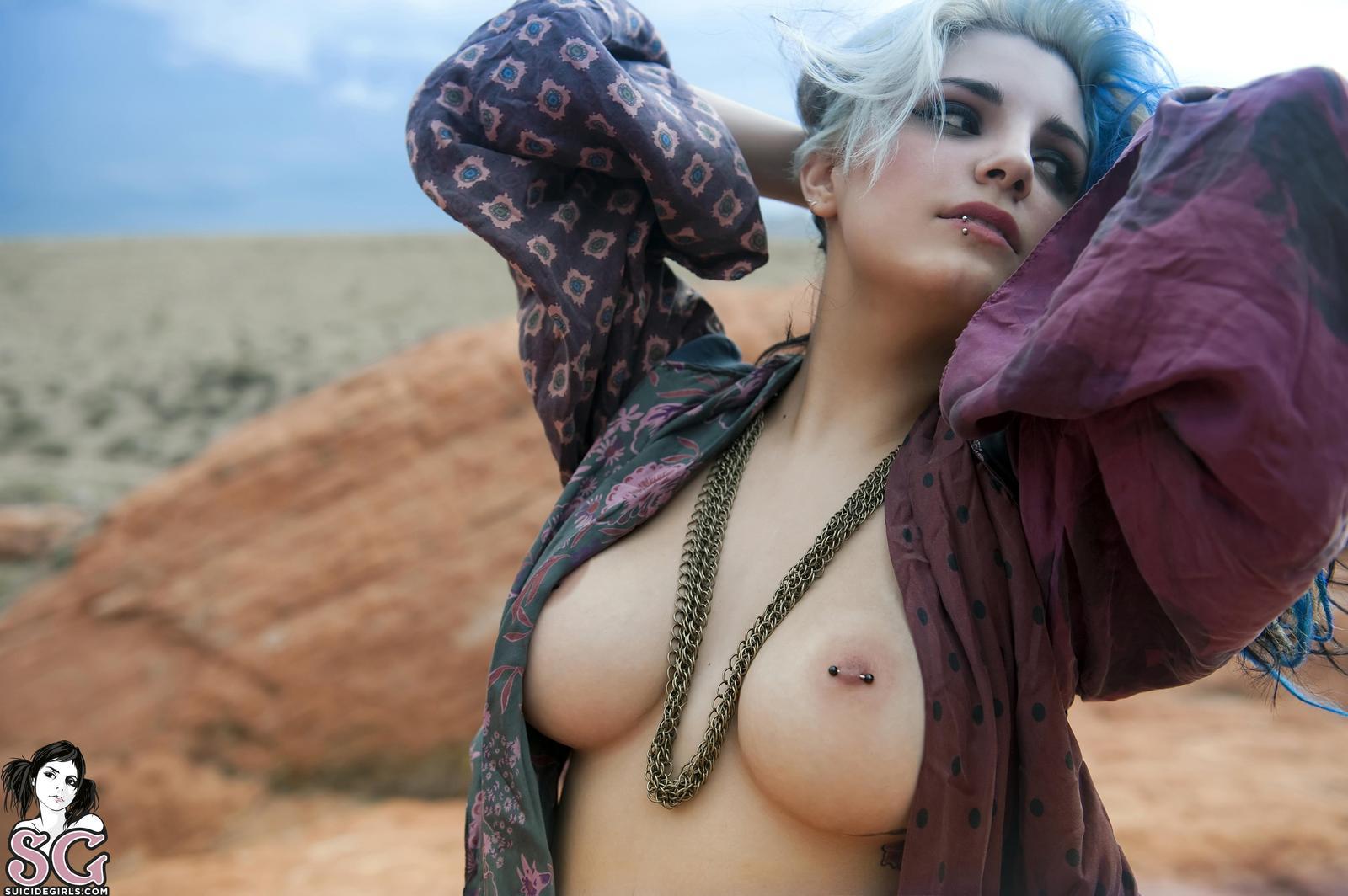euphemia suicide girl naked