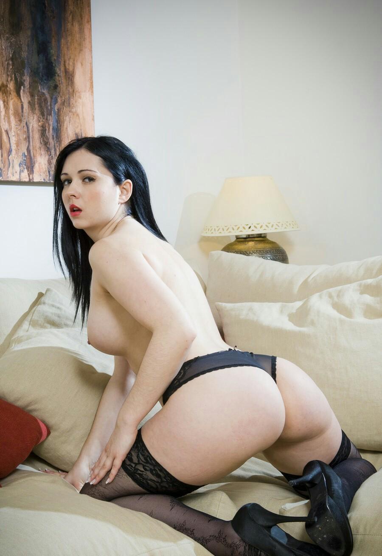endzhell-sammers-gruppovoe-porno