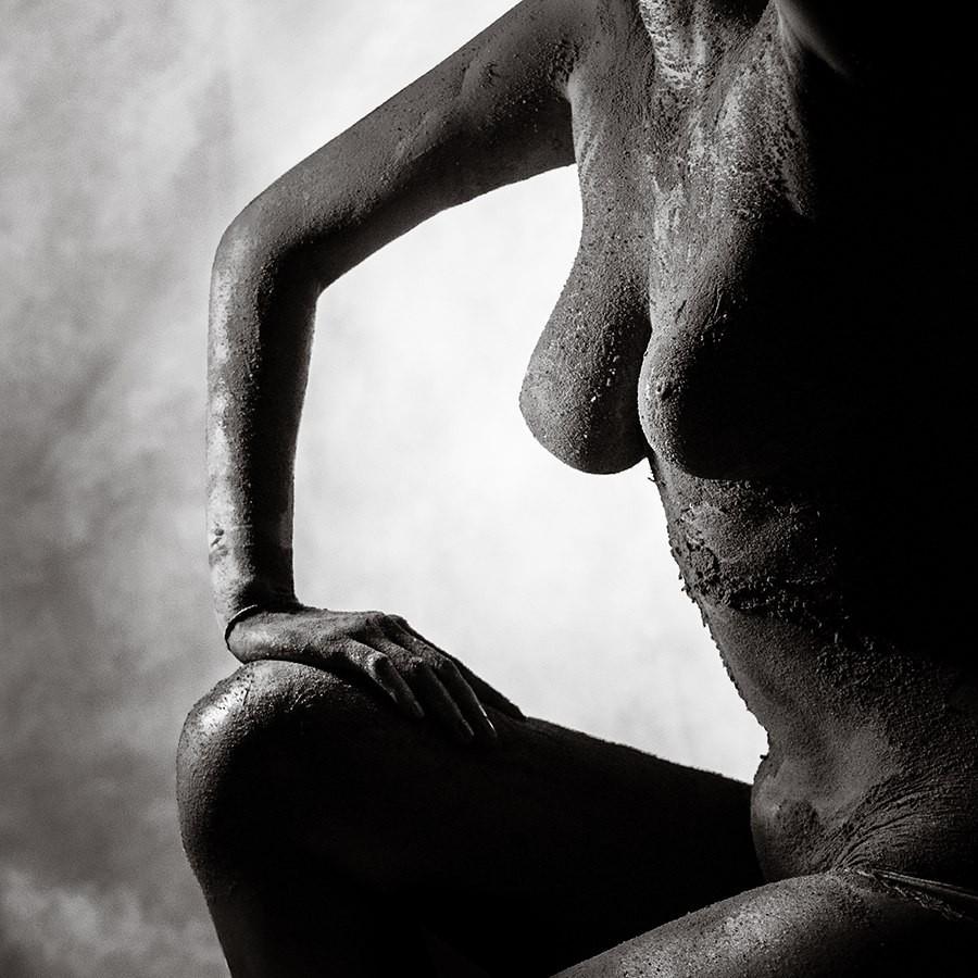 Облепленная грудь фото, порно красавицы голые