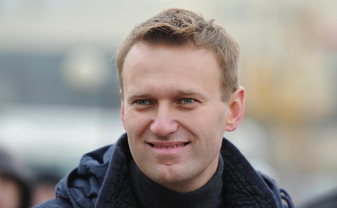 Враги Народа: Навальный кутит на деньги хомяков за границей и  плюет на их проблемы