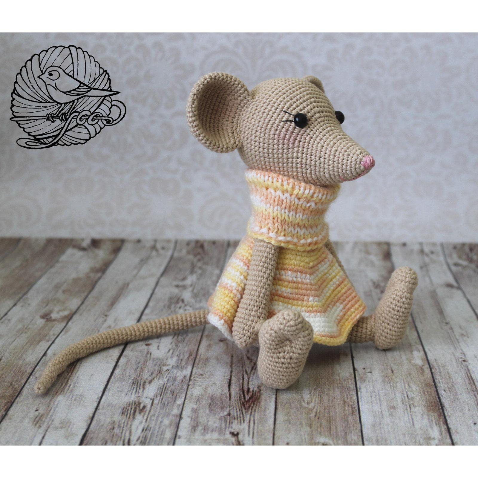 вязаная игрушка мышка милли