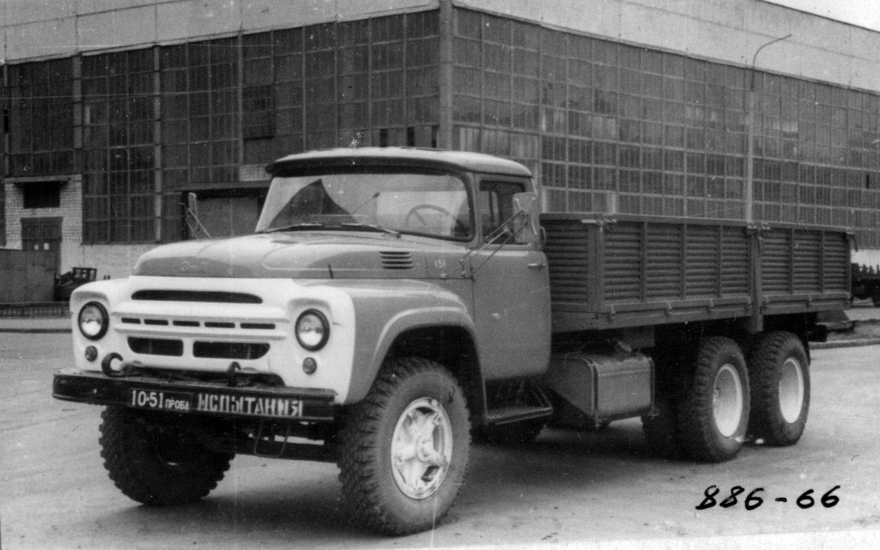 """ЗИЛ-133. Так называемая """"Щука"""". Трехосный грузовик повышенной  грузоподъемности ЗИЛ,"""