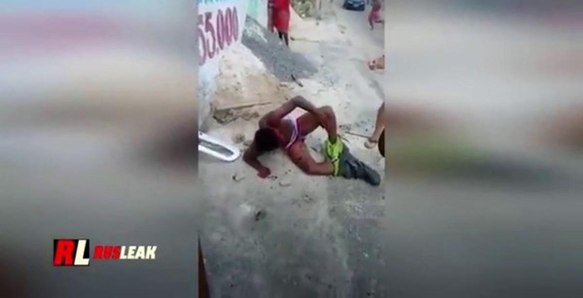 Порнуха старик трахает молоденькую девочку видео фото 117-452